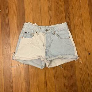 two tone levi's shorts